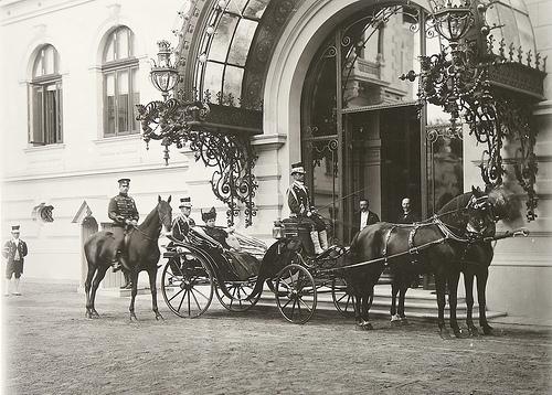 In vizita la Palatul Cotroceni, cu istoricul Georgeta Filitti