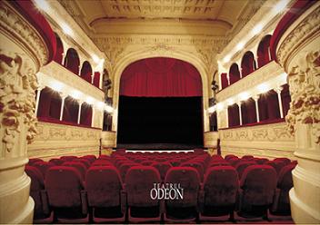 In vizita la Teatrul Odeon, cu istoricul Georgeta Filitti