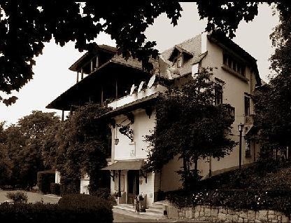 In vizita la Conacul Florica al familiei Bratianu, cu istoricul G. Filitti