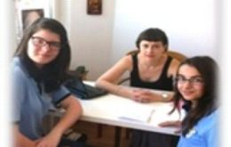 "Concursul de jurnalism ""Elevii dau news"": interviul Terapia prin Cultura"