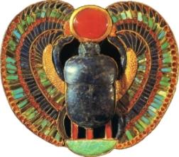 Talismane şi amulete: Magie, pietre preţioase şi inscripţii