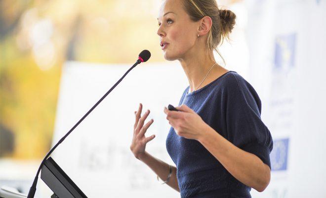 Atelier de Vorbire în public – Secretele unei prezentări de succes