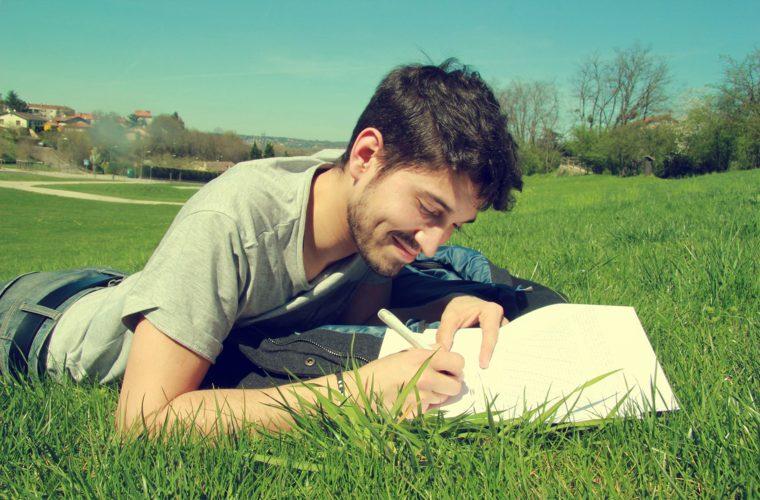 5 feluri în care cursul de scriere creativă te ajută să evoluezi în carieră