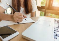 scriere creativa pentru adolescenti