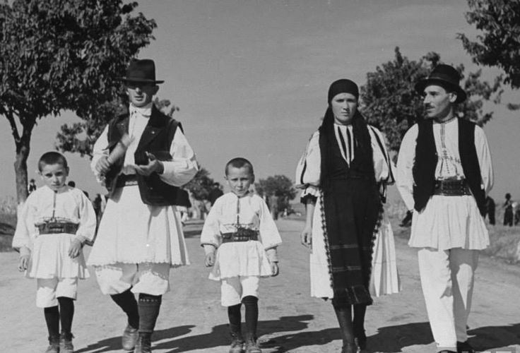 Atelier de folclor românesc: mitologii populare, ritualuri şi cântece
