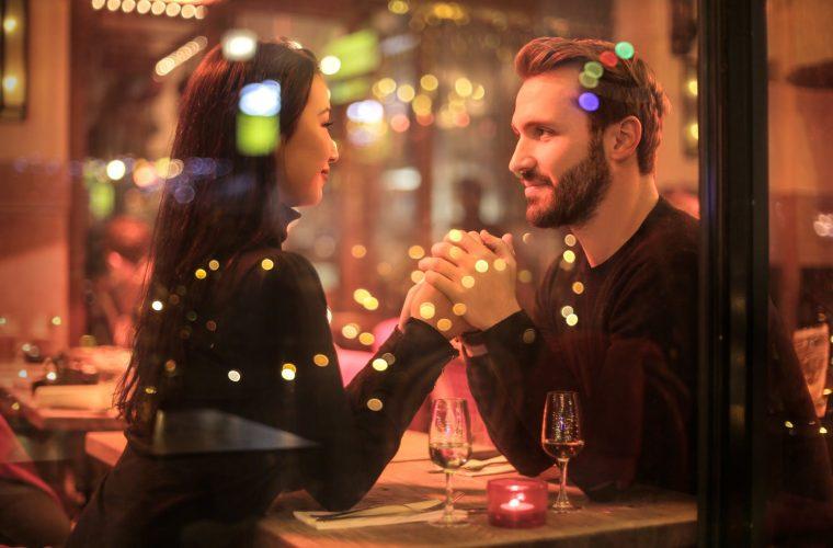 Cum facem iubirea să dureze? De la îndrăgostire la o relaţie stabilă