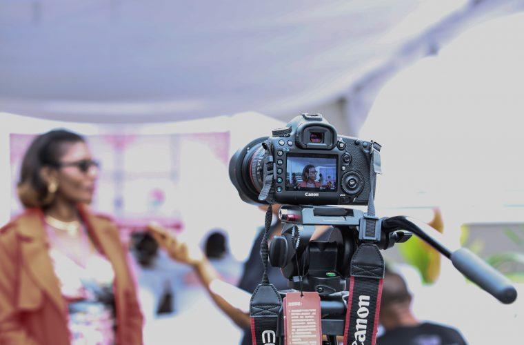 Cum să apari în faţa unei camere de filmat – Tips&tricks