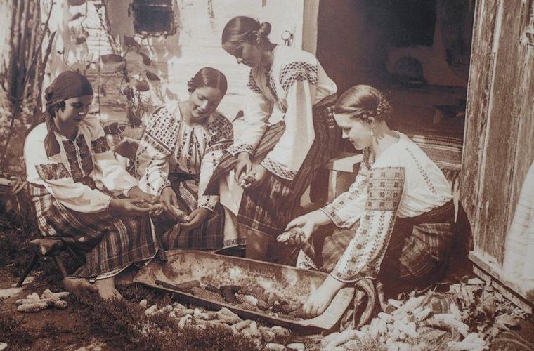 Haine şi corp în folclorul românesc