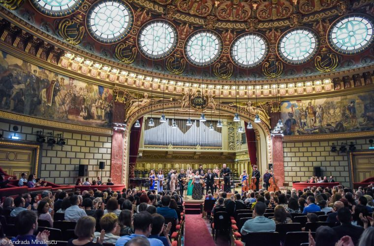 """#Solidaritate – Cum a fost la Concertul caritabil """"Alături de Vintilă Mihăilescu"""""""