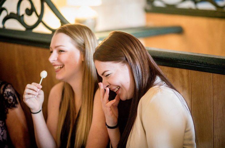 Râsul ca terapie – Workshop interactiv
