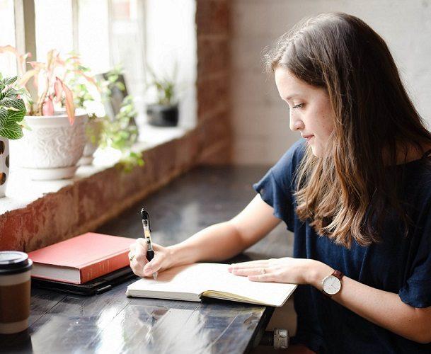 Atelier de scriere terapeutică