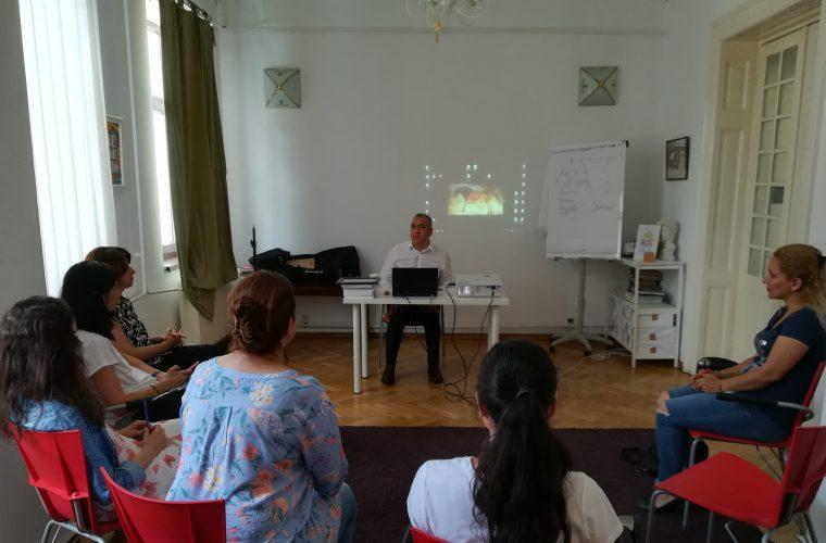 Interviu cu Homaira Sarwari – participantă la Şcoala de Vară de Vorbire în Public