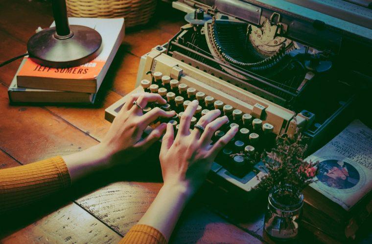 Curs online de scenaristică – Cum se scrie un film