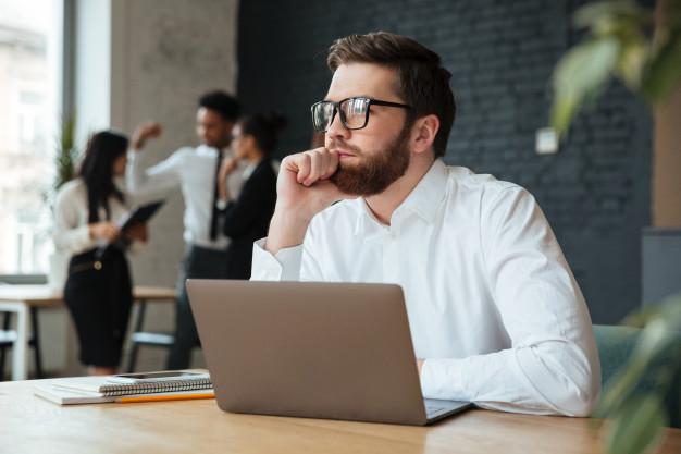 Introducere în gândirea critică – curs on-line