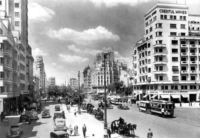 De ce iubim anii `30? Istorie, societate, idei (7-11 iunie)
