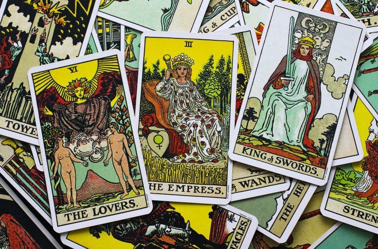 Arhetipurile din Tarot: călăuze spre mitul personal (2-6 august)