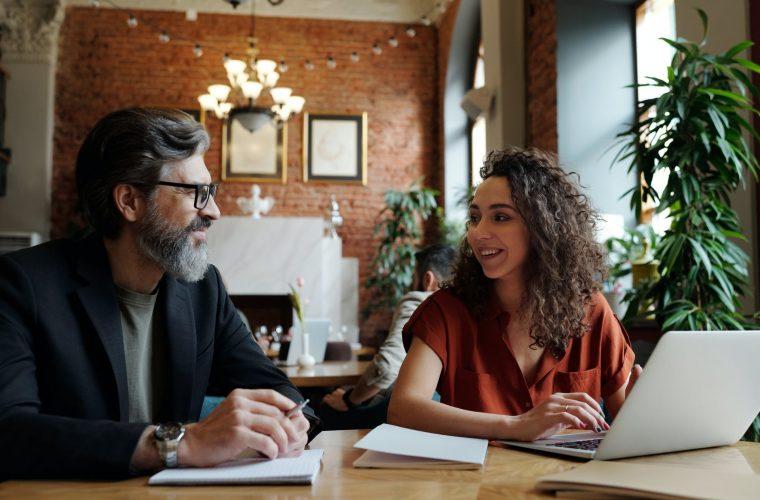 Cum să comunicăm eficient în viaţa personală, profesională şi în public